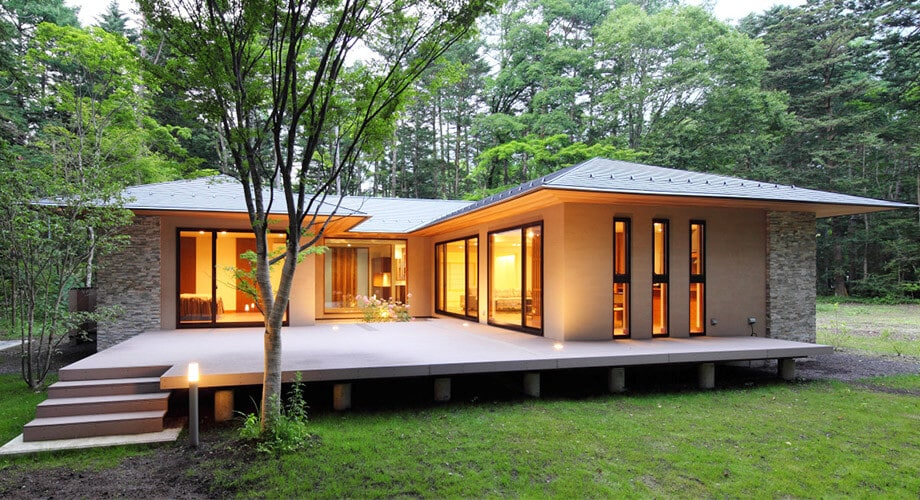 Introducing the resort style house.